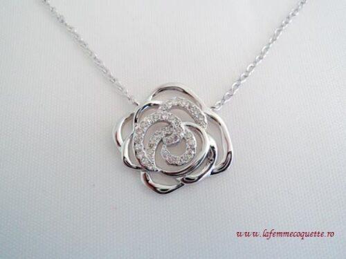 colier din argint cu trandafir