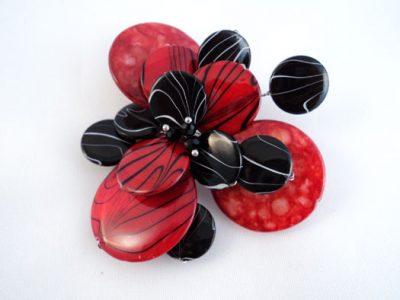 Brosa din sidef in rosu si negru