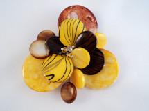 Brosa din sidef in nuante de galben