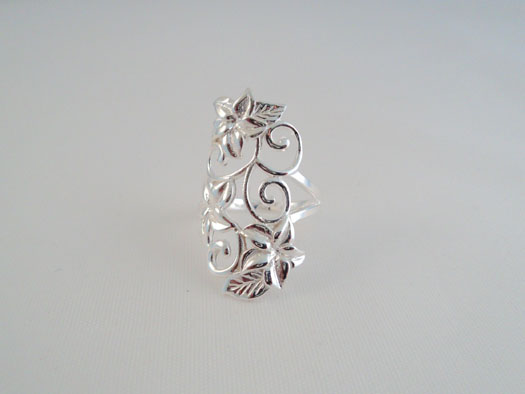 inel cu flori din argint