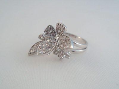 Inel din argint cu fluturasi