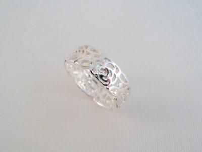 Inel verigheta din argint cu trandafiri