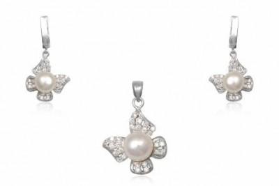 Set fluturasi din argint cu perle albe