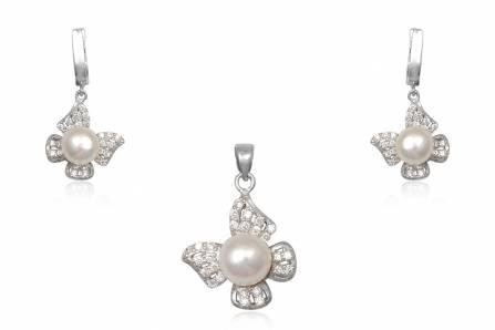 Set fluturasi din argint cu perle si zirconii albe