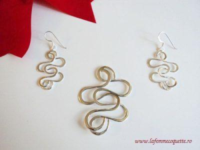 Set din argint in forma de spirale