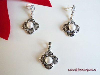Set din argint cu perle si marcasite