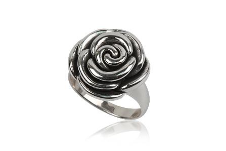Inel din argint in forma de trandafir