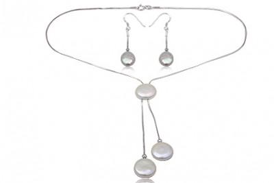 Set din argint si perle albe