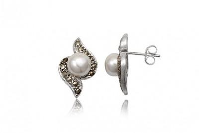 Cercei din argint cu perle albe si marcasite
