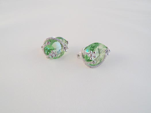 cercei din argint si zircon verde