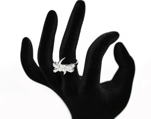 inel cu fundita din zirconii albe