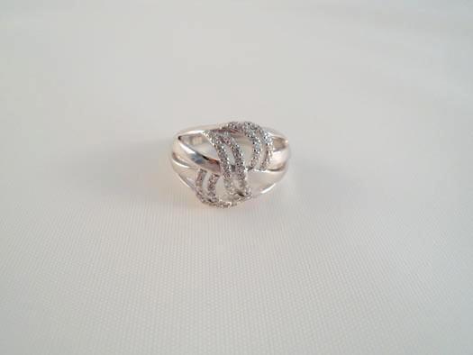 inel din argint cu impletituri