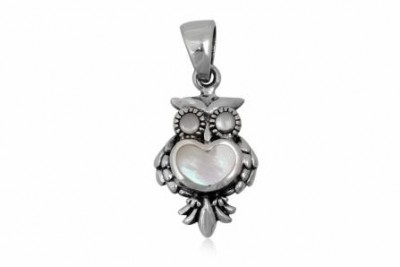 Pandantiv din argint si sidef in forma de bufnita