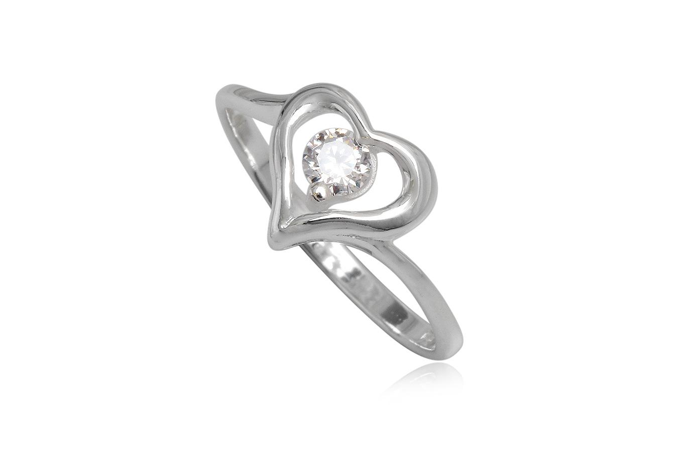 inel de logodna cu inimioara