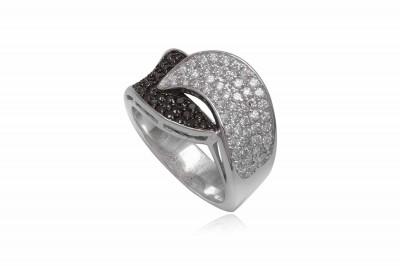Inel din argint cu zirconii albe si negre