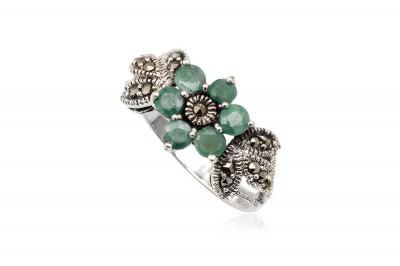 Inel din argint cu floare din smarald