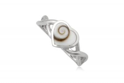 Inel din argint cu scoica in forma de inima
