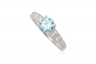 Inel de logodna cu piatra bleu diafan