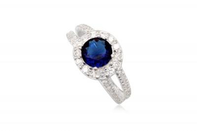 Inel din argint cu piatra albastru-safir