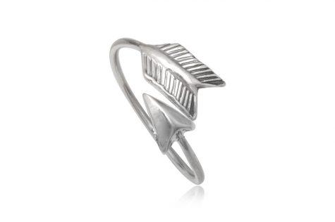 inel din argint sageata