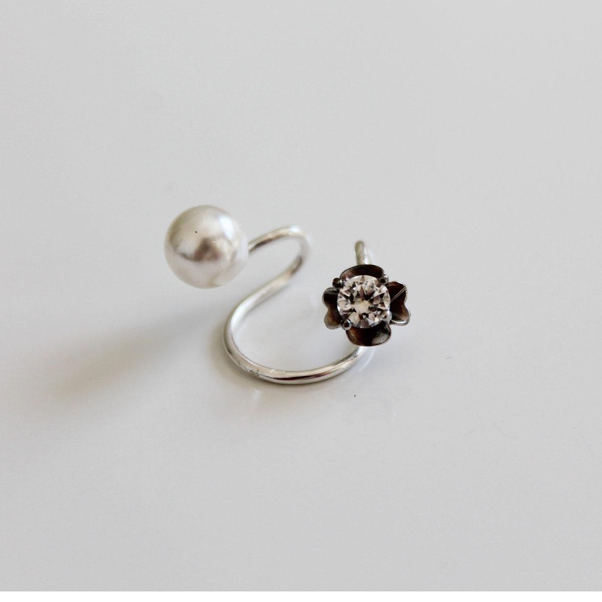 cercel ear cuff argint si perla