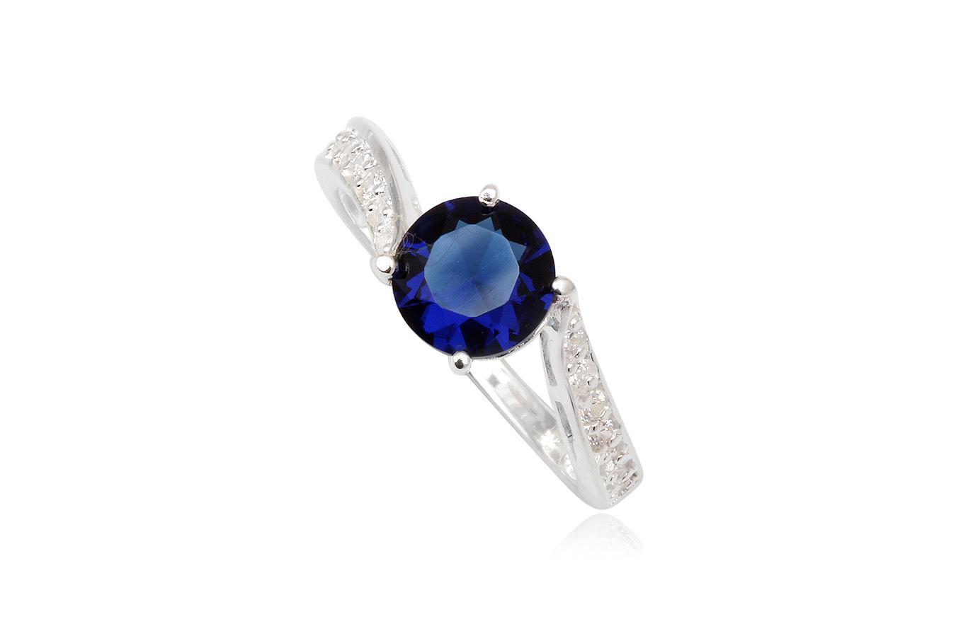 inel de logodna cu piatra albastra