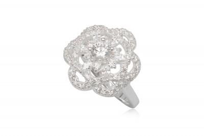 Inel cu floare alba din argint si zirconii