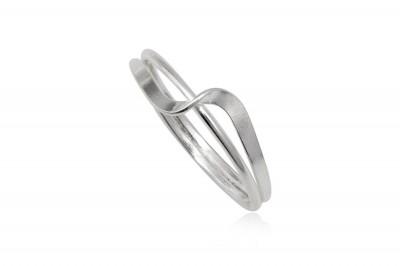 Inel din argint finut cu model rasucit