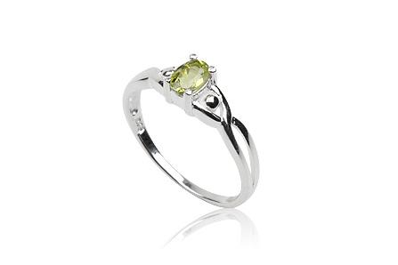 inel din argint cu peridot