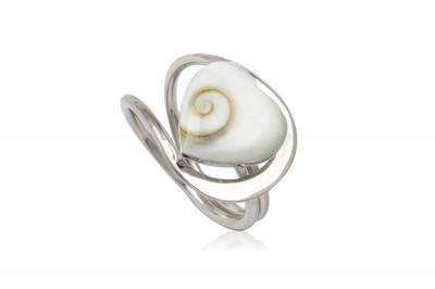 Inel din argint cu inima din scoica Shiva