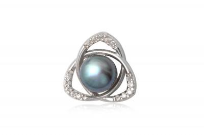 Pandantiv din argint cu perla de cultura