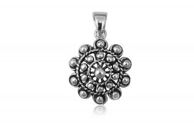 Pandantiv Floare cu bobite din argint