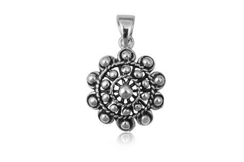 pandantiv floare cu bobite argint