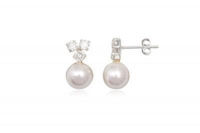Cercei delicati cu perle si cristale albe