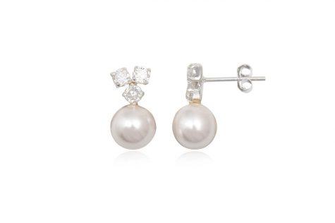 cercei delicati cu perle albe si cristale