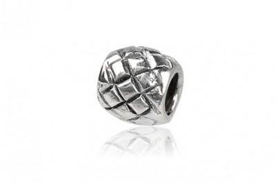 Charm din argint cu romburi