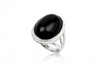 Inel din argint cu piatra ovala din onix