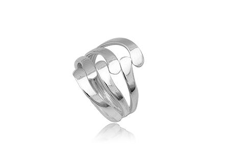 inel din argint cu design mat si lucios