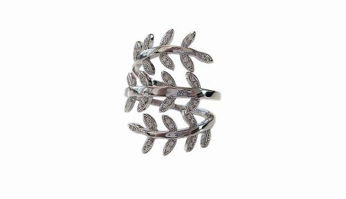 inel argint cu frunze si zirconii