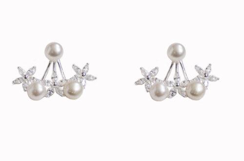 cercei argint cu flori si perle albe