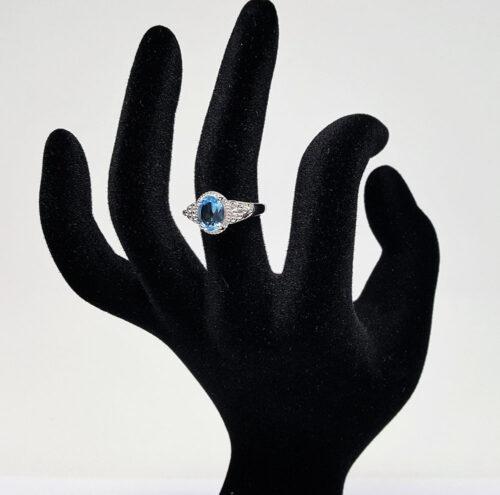 inel din argint cu topaz bleu