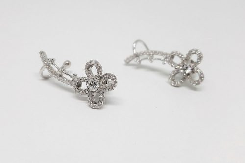 cercei ear cuff cu flori din argint