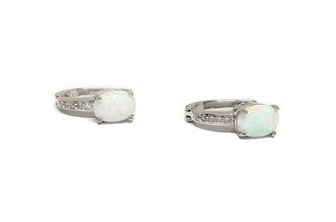 cercei finuti din argint cu opal