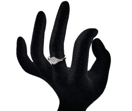 inel deosebit de logodna