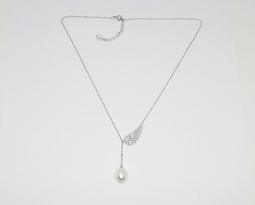 colier aripa de inger cu perla