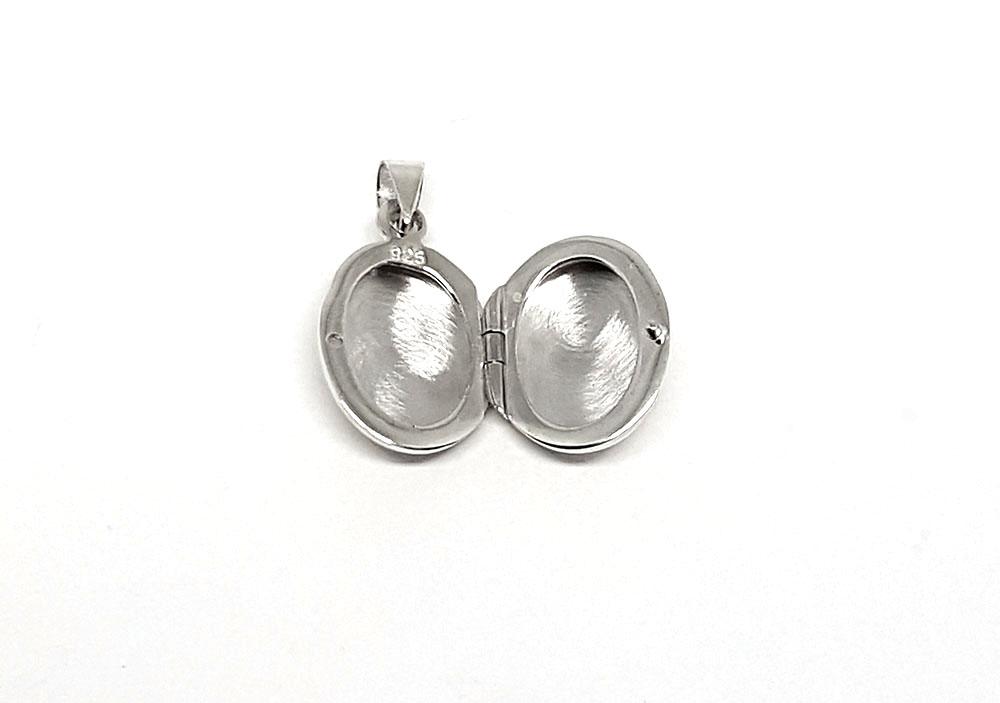 pandantiv argint caseta
