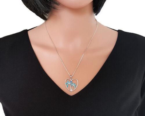 pandantiv inimioara din argint si opal