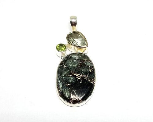 pandantiv cu pietre verzi