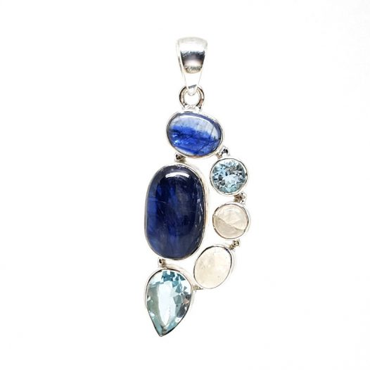 pandantiv handmade argint si pietre albastre