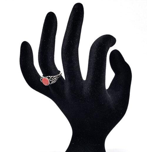 inel din argint cu frunzulite delicate